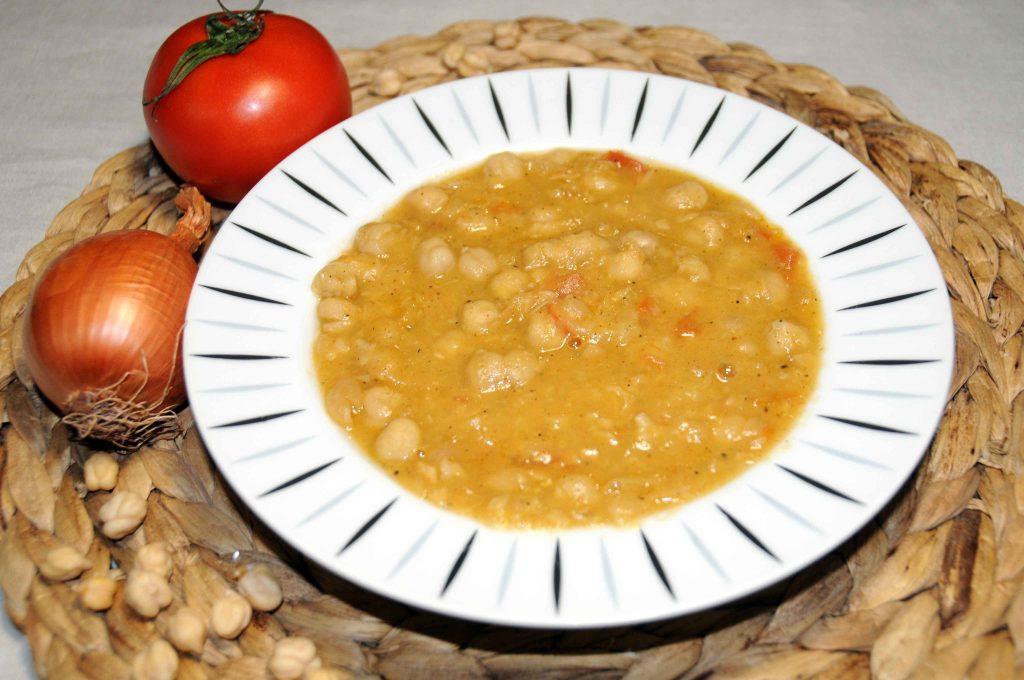 Ρεβύθια σούπα - Chickpeas Soup