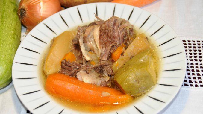 Σούπα με πλευρά μοσχαρίσια - Soup with veal side