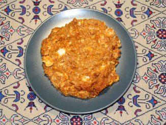 Τυροκαυτερή στο τηγάνι - Hot Sauce with Cheese on the Pan