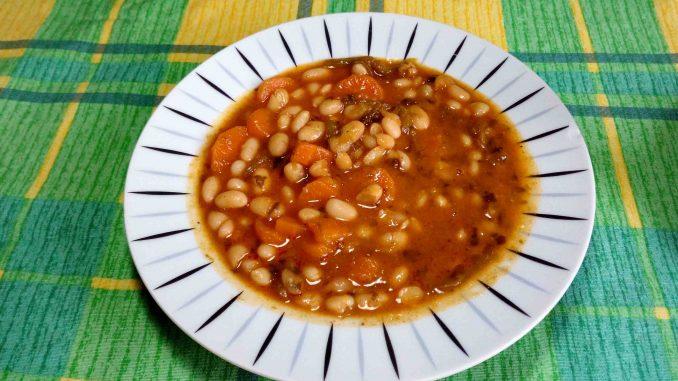 Φασολάδα - Bean Soup