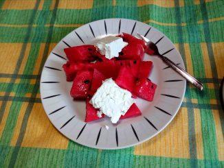 Δροσερό καρπούζι με φέτα - Cool watermelon with cheese