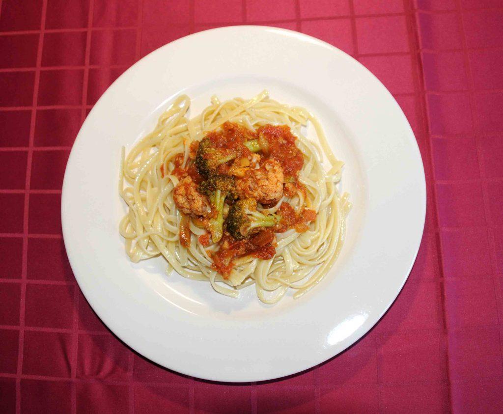 Λαζάνια με σάλτσα λαχανικών - Noodles with Vegetable Sauce