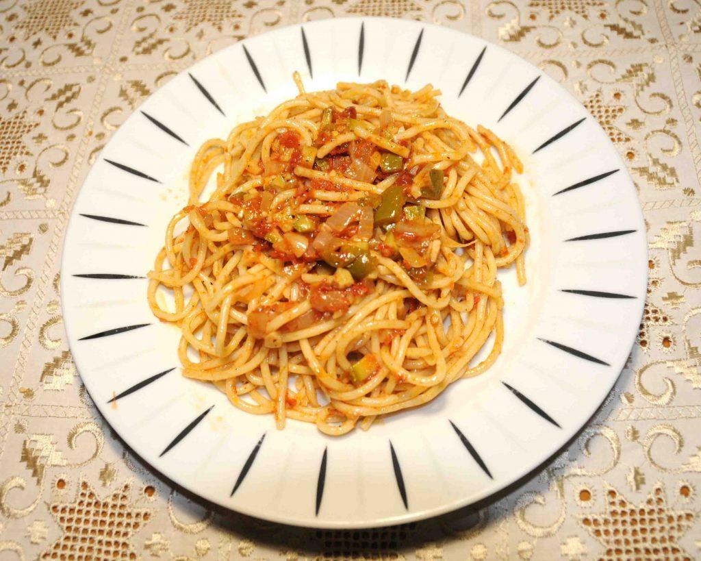 Μακαρονάδα καλοκαιρινή - Spaghetti in the Summer