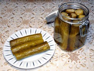 Σπιτικό Αγγουράκια Τουρσί - Homemade pickled cucumbers