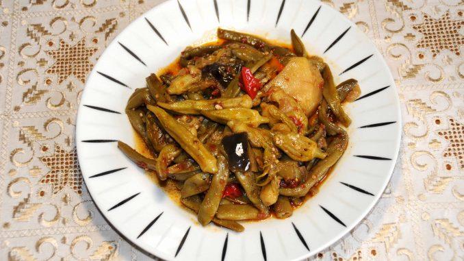 Τουρλού με φασολάκια, μπάμιες, κολοκυθάκια, μελιτζάνες, πιπεριές, πατάτες - Mix with green beans, okra, zucchini, aubergines, peppers, potatoes