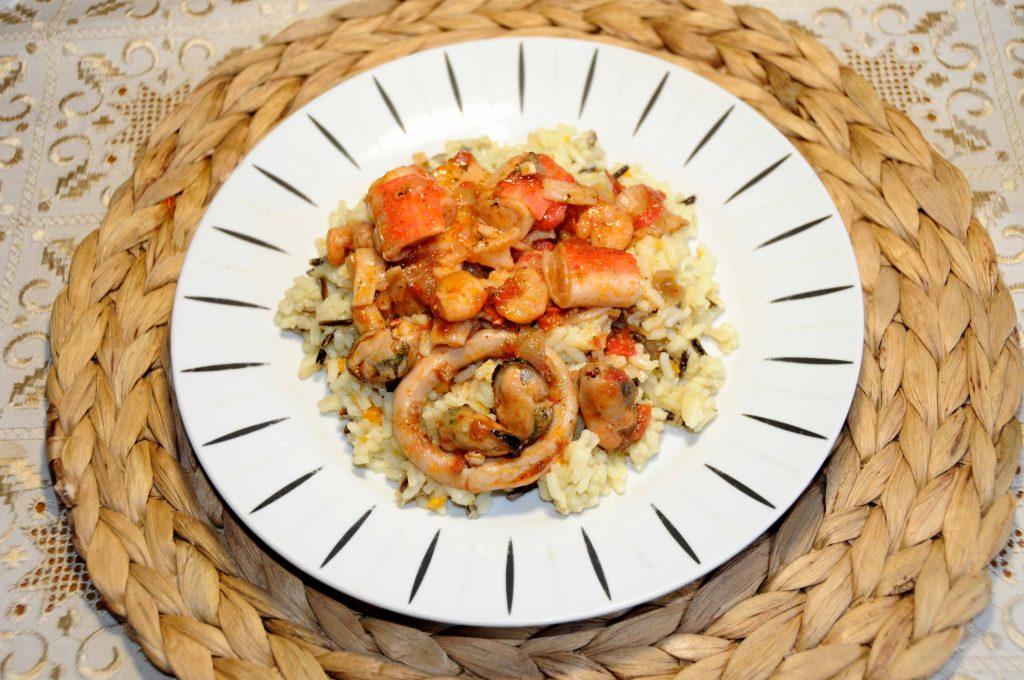 Πιλάφι με ανάμικτα θαλασσινά - Pilaf with mixed seafood