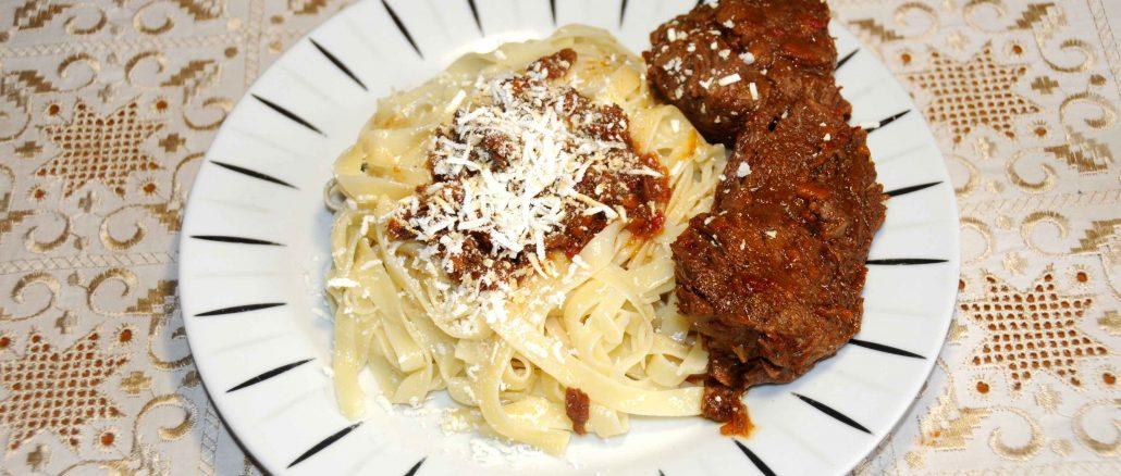 Σπιτικά λαζάνια με μοσχάρι - Homemade noodles with beef