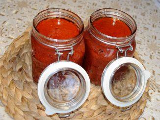 Πελτές σπιτικός - tomato paste