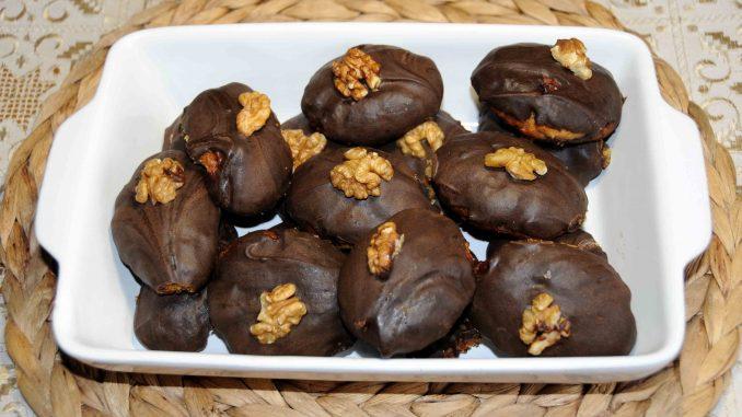 Μελομακάρονα με σοκολάτα - Christmas Sweet with Chocolate