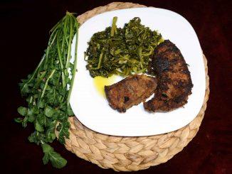 Άγρια χόρτα με συκώτι μοσχαρίσιο - Wild Greens with Beef Liver
