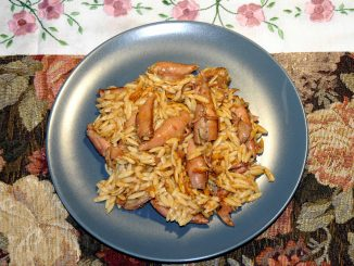 Καλαμαράκια του κουτιού με μανέστραν - calamari cans with orzo thick