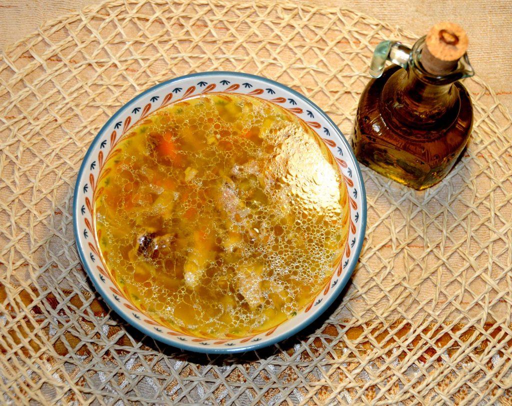 Κοτόσουπα με κριθαράκι - Chicken soup with orzo thick