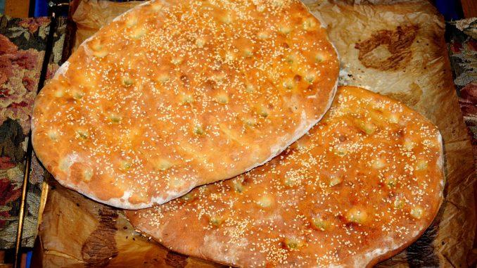 Λαγάνα - Handmade Greek Bread