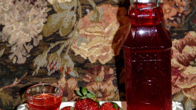Λικέρ φράουλα - Strawberry liqueur