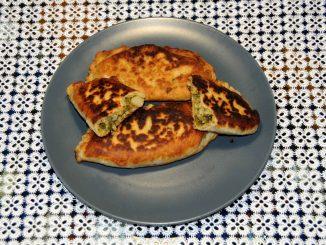 Πρασοπιτάκια - Pie with Leeks