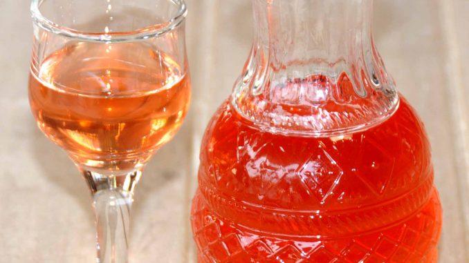 Λικέρ δαμάσκηνο - Plum Liquor