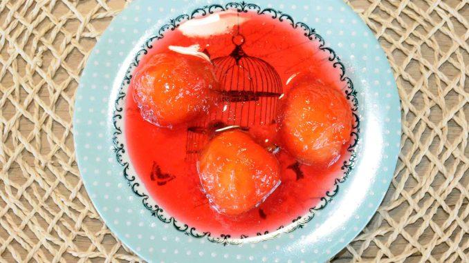Γλυκό κουταλιού βανίλια - Sweet plum Preserve Photo By Thanasis Bounas