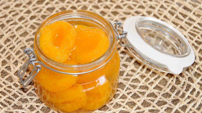 Κομπόστα βερίκοκα - Compote apricot