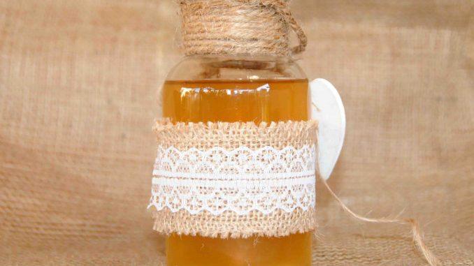 Λικέρ βερίκοκο και με ψίχα από κουκούστι βερίκοκο - Liqueur Apricot and Apricot Seed