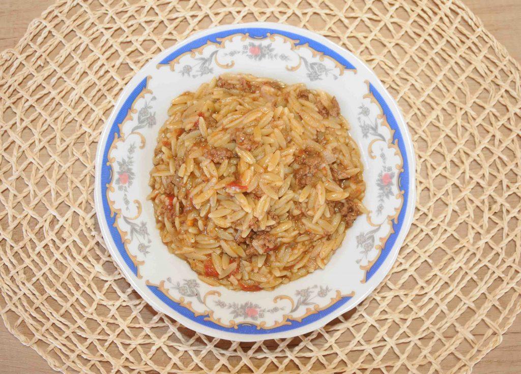 Γιουβέτσι με κριθαράκι και κιμά - orzo thick with Minced Meat