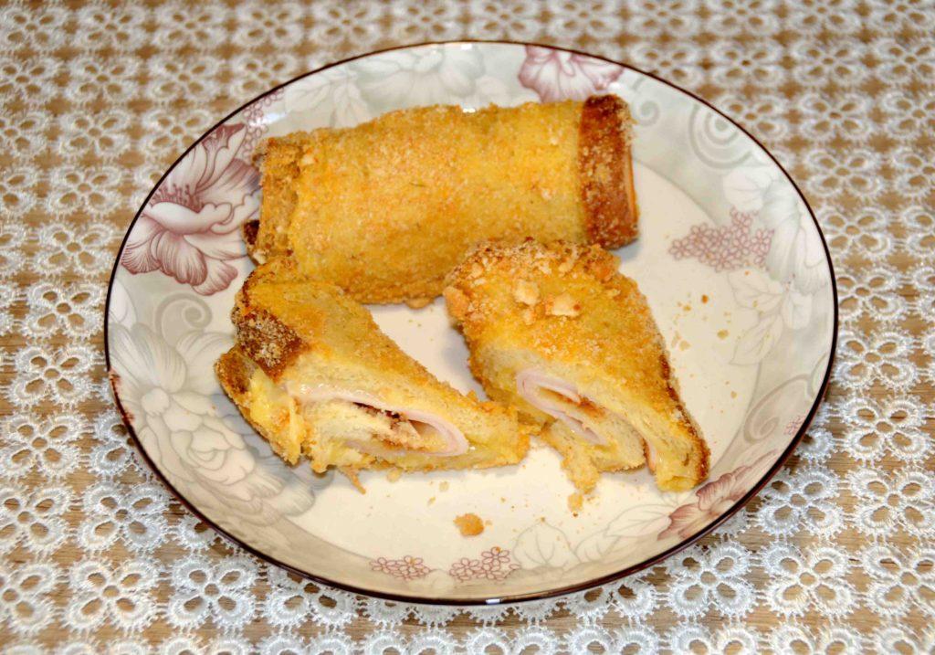 Τοστ ψημένα στο φούρνο - Toasts baked in the oven