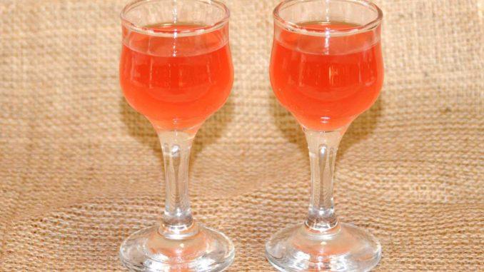 Λικέρ φρούτα του πάθους Granadilla (Passiflora edulis) - Passion fruit liqueur Granadilla (Passiflora edulis)