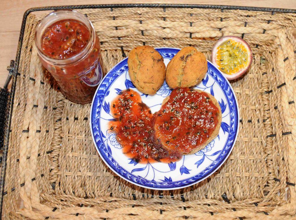 Μαρμελάδα με φρούτα του πάθους Granadilla (Passiflora edulis) - Granadilla passion fruit jam (Passiflora edulis)