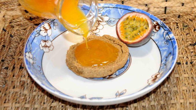 Σιρόπι από φρούτα του πάθους (Passiflora edulis) - Passion fruit syrup (Passiflora edulis)