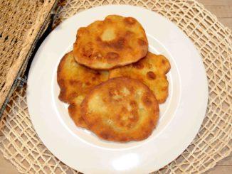 Τηγανόψωμα - Fry baking