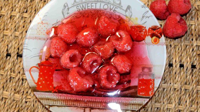 Γλυκό κουταλιού από κόκκινο ήμερο βατόμουρο - Red Raspberry Preserve