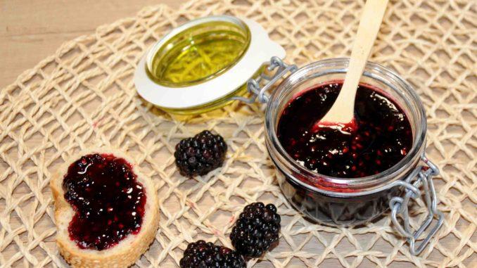 Μαρμελάδα από μαύρο βατόμουρο - Black raspberry Jam
