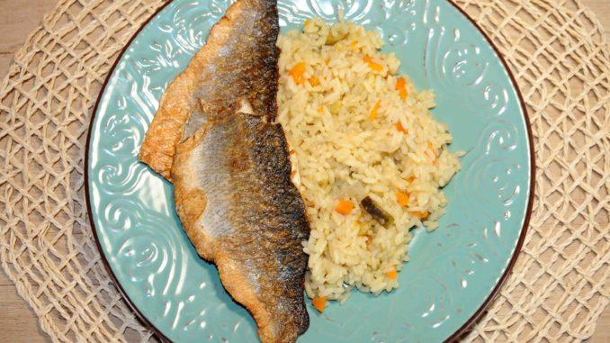 Λαυράκι φιλέτο με ρύζι - Dicentrarchus labrax fillet with rice