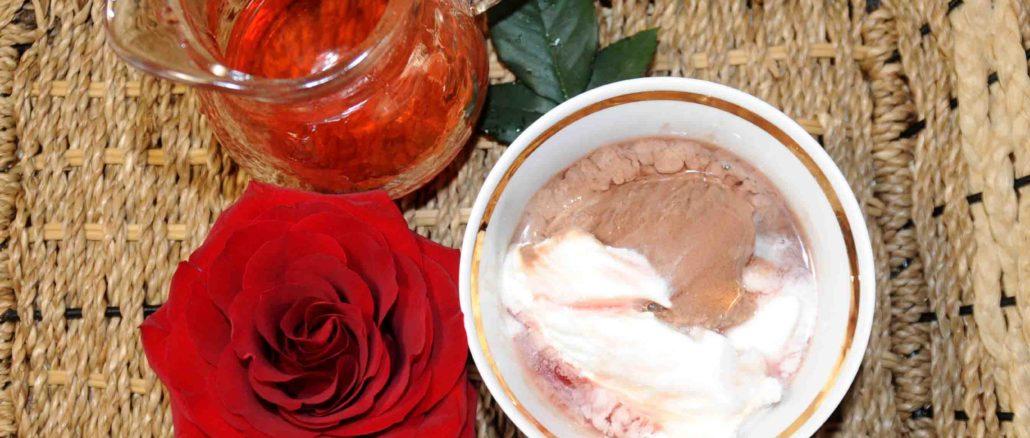 Σιρόπι τριαντάφυλλο - Rose syrup