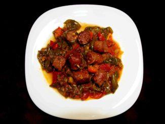 Σπετσοφάι με χωριάτικο λουκάνικο - Spetsofai with rustic sausage