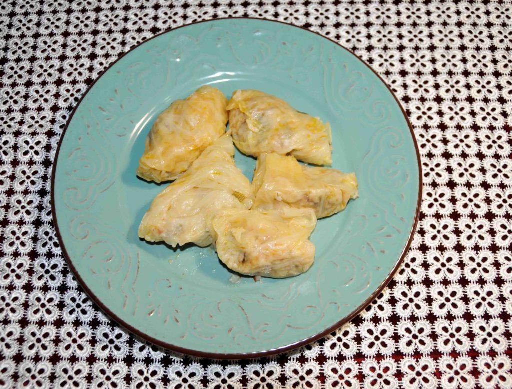 Λαχανοντολμάδες χωρίς κιμά - Cabbage grape leaves without minced meat