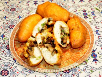 Πιροσκί με μανιτάρια - Piroshki with mushrooms