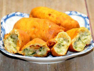 Πιροσκί με πατάτες και τυρί που λιώνει - Piroshki with potatoes and melting cheese