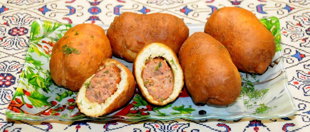 Πιροσκί με χωριάτικα λουκάνικα - Piroshki with rustic sausages