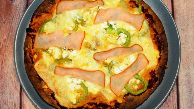 Πίτσα με αραβική πίτα