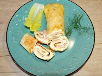 Αραβική πίτα με μαγιονέζα, γαλοπούλα και τυρί