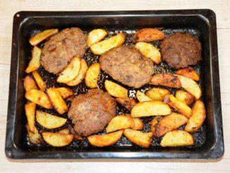 Μπιφτέκια με πατάτες στο φούρνο