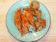 Μπαρμπούνια στον φούρνο με μανιτάρια