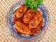 Σουτζουκάκια φάβας με σάλτσα
