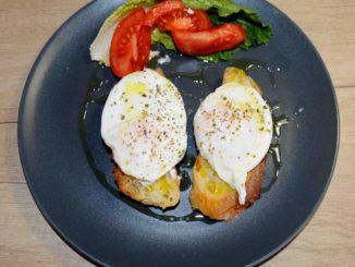 Αυγά ποσέ - Κερκυραϊκή συνταγή μπάνιο Μαρία