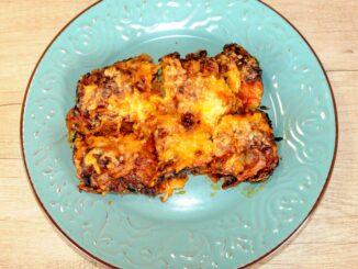 Νιόκι στο φούρνο με σάλτσα βασιλικού
